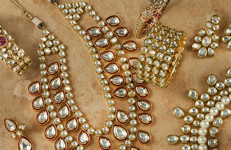 Osam prelepih bisernih nakita
