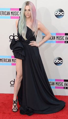 Ke$ha na dodeli American Awards 2013