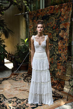 bela haljina sa karnerima u boho stilu
