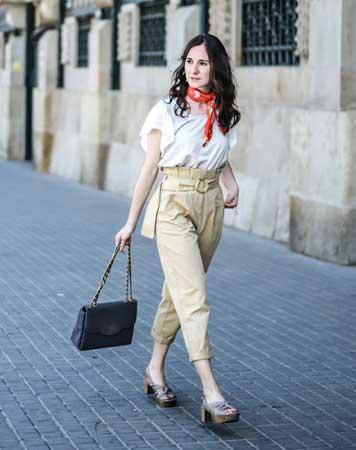 Pantalone sa širokim strukom